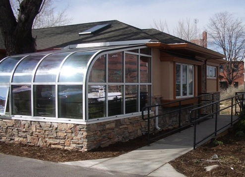 Sunroom_Screen_Exterior_Photo.jpg